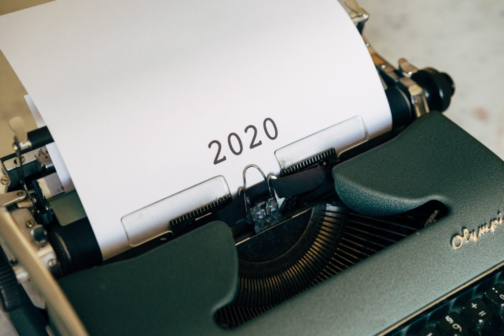 """A typewriter spelling out """"2020"""""""