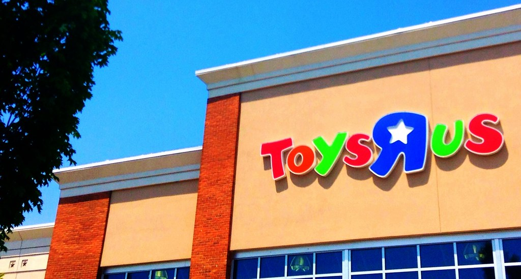 Exterior of a Toys R Us store
